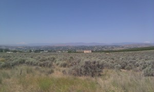 Descending into Yakima Valley, Mt. Adam to the left and Mt. Rainier to the right.