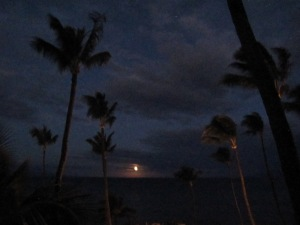 Moonset in Maui